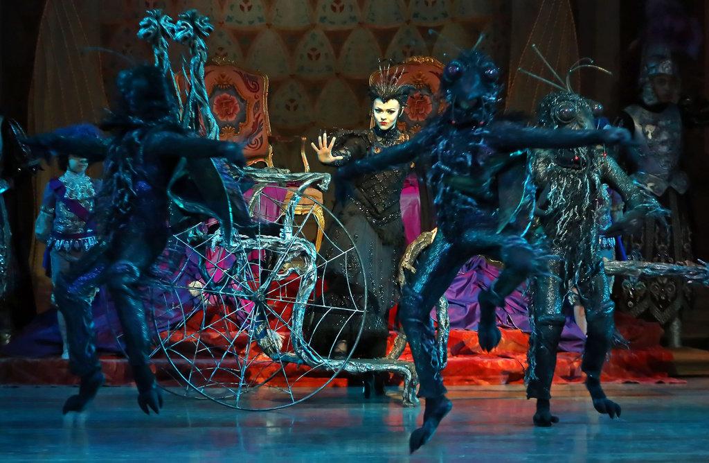 Anna Pavlova - Ballet Dancer, Choreographer - Biography com